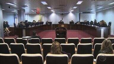Pleno do Tribunal de Justiça decide manter afastamento de deputados - Pleno do Tribunal de Justiça decide manter afastamento de deputados.