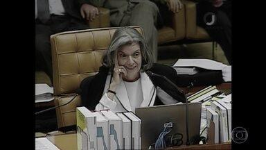 Cármen Lúcia vai presidir o Supremo Tribunal Federal - Ela assume em setembro, para um mandato de dois anos. Lewandowski brinca: presidente ou presidenta?