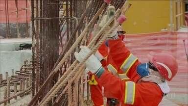 Obras da segunda fase da Linha-4 Amarela do Metrô recomeçam nesta sexta-feira (12) - As quatro estações da Linha-4 deveriam ter ficado prontas em 2014, mas o trabalho foi interrompido por problemas de contrato com as construtoras que faziam a obra. Agora, há um novo prazo para a conclusão da obra.