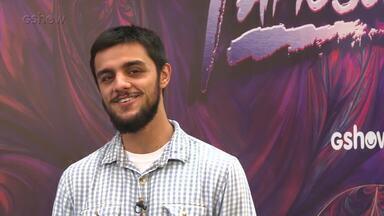 Felipe Simas comenta expectativa para o Dança dos Famosos - Ator revela como recebeu o convite para o quadro