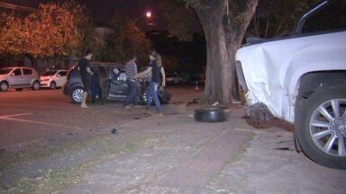 Polícia encontra arma dentro de carro envolvido em acidente em Campo Grande - Arma de calibre 38 estava na mochila do motorista, diz polícia.