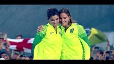 Clipe mostra vitória do Brasil na Vela - A dupla brasileira garantiu a medalha de ouro nesta quinta-feira (18).