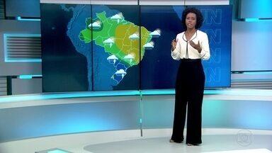Sábado (20) tem previsão de chuva em parte do país - No Rio de Janeiro, as rajadas de vento podem atingir 80 quilômetros por hora.