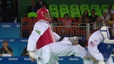 Maicon Andrade faz um golpe sensacional e vira o placar contra americano no Taekwondo - Maicon Andrade faz um golpe sensacional e vira o placar contra americano no Taekwondo