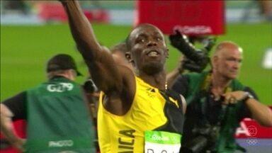 Sempre por cima, Bol se despede das Olimpíadas com três ouros e nome na história - Jamaicano beija pista e dá show de carisma no Rio de Janeiro