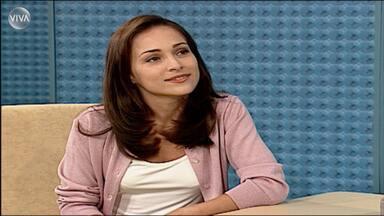 Gabriela Duarte fica de cara com Alberto Roberto