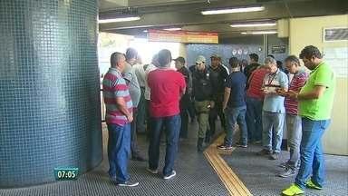 Vigilante do Metrô é morto a tiros na estação Ipiranga, no Recife - Crime foi no fim da manhã da segunda-feira (29).