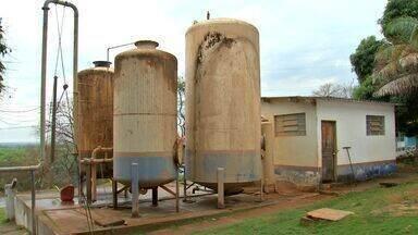Água distribuída em cidade de MT está contaminada - Água distribuída em cidade de MT está contaminada.