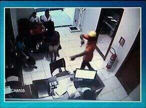 Pacientes são assaltados enquanto aguardam atendimento; Força Tática chega em Araguaína - Pacientes são assaltados enquanto aguardam atendimento; Força Tática chega em Araguaína