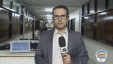Campanha eleitoral começou há 15 dias e há denúncia de propaganda irregular nos cartórios - Denúncias foram feitas ao cartório eleitoral de São José.