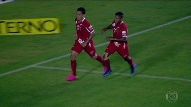 Vasco perde para o Vila Nova por 2 x 1, pela Série B, e completa quatro jogos sem vitória - Vasco perde para o Vila Nova por 2 x 1, pela Série B, e completa quatro jogos sem vitória.
