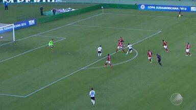 Vitória é derrotado pelo Coritiba e é eliminado da Copa Sul-Americana - Placar da partida foi 1 a 0.