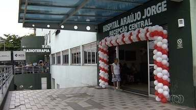 Alguns atendimentos podem ser suspensos no Hospital Araújo Jorge, em Goiânia - Unidade de saúde passa por crise financeira e falta cerca de R$ 1,5 milhão todo mês para pagar as contas.