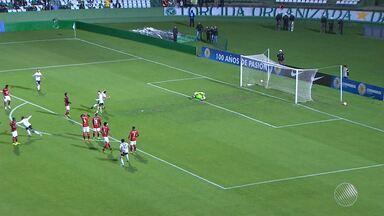 Vitória perde para o Coritiba e está fora da Copa Sul-Americana - Confira as notícias do rubro-negro baiano.