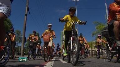 Passeio ciclístico chama atenção para luta contra as drogas - Duas mil pessoas participaram do evento.
