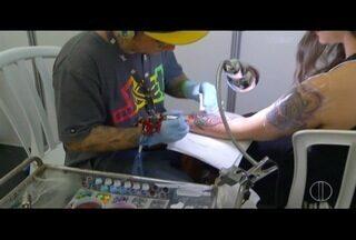 Encontro de tatuadores movimenta o fim de semana em São Pedro da Aldeia, no RJ - Mais de 100 profissionais estiveram na cidade.