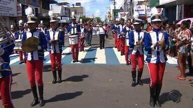 Mais de 20 escolas da rede municipal homenagem a Pátria em Desfile Cívico - Mais de 20 escolas da rede municipal homenagem a Pátria em Desfile Cívico.