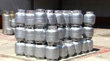 Preço do botijão de gás deve aumentar mais de 10% a partir de terça-feira (6), em Goiânia - Notícia desagradou a população.