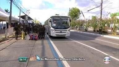 Recife tem esquema especial no trânsito para desfile cívico de 7 de setembro - Militares e estudantes vão desfilar na Avenida Mascarenhas de Morais, no bairro da Imbiribeira.