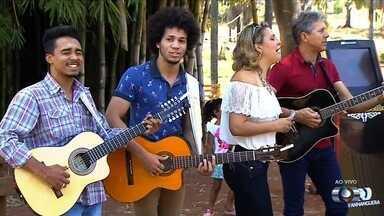 Visitantes do Zoológico de Goiânia podem votar no 'Novos Talentos da Música Sertaneja' - Quem passar pelo parque pode escolher a primeira dupla finalista do concurso.
