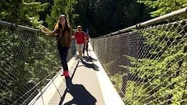 Ponte suspensa permite caminhar sobre os maiores pinheiros do mundo - Parque no Canadá tem ponte suspensa com 140m de extensão e 70m de altura; é como flutuar no topo das árvores. Embaixo, passa o rio Capilano.