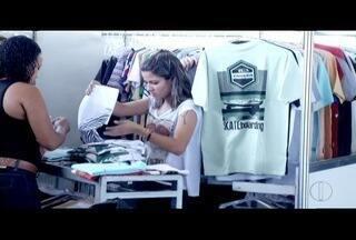 Procon fiscaliza descontos em estandes da Feira de Preços Especiais em Campos, no RJ - Descontos chegam a 70%.