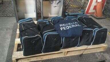 Operação resulta na apreensão de cocaína no Porto de Santos - Agentes da Alfândega e da Polícia Federal participaram da ação.
