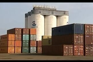 Número de importações apresenta crescimento em Uberaba - Confira os números de agosto. No porto seco de Uberaba alguns dos principais produtos importados são: autopeças e veículos, eletrônicos e ativos químicos para fertilizantes.