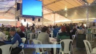 Festa do Pirão termina neste domingo (11) em Barra Velha; veja essa e outras atrações - Festa do Pirão termina neste domingo (11) em Barra Velha; veja essa e outras atrações pelo estado