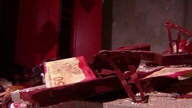 Agências bancárias em dois municípios são alvos de bandidos - Ações aconteceram em Paudalho e em Bonança, distrito de Moreno.