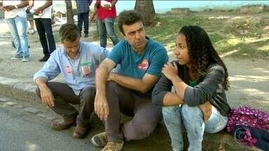 Marcelo Freixo (PSOL) faz campanha na Zona Portuária do Rio - Marcelo Freixo (PSOL) faz campanha na Zona Portuária do Rio.