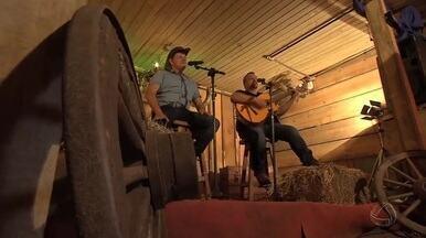 Dupla Marcio Santos e Claudiney canta a música 'Você é tudo o que eu pedi pra Deus' - Dupla Marcio Santos e Claudiney canta a música 'Você é tudo o que eu pedi pra Deus'