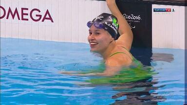 Atleta de Maringá fica entre as melhores do mundo na natação paralímpica - Ela foi a quinta colocada na categoria SB14