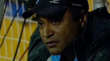 Grêmio busca novo técnico - Após 6 jogos sem vitória, Roger deixou o comando do tricolor.