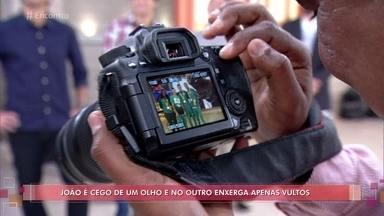 João Maia é deficiente visual e fotografou a Paralimpíada - Fotógrafo perdeu parte da visão aos 28 anos e mostra como faz para tirar fotos em seu equipamento profissional e também em um celular comum