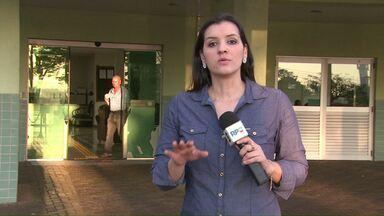 Dois aparelhos oftalmológicos foram devolvidos hoje ao Hospital Municipal - Na segunda-feira o Paraná TV mostrou que um total de oito aparelhos, doados pela Receita Federal, sumiram. A polícia está investigando o caso.
