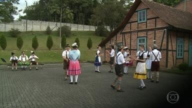Pomerode é a cidade mais alemã do Brasil - Jimmy Ogro foi à Santa Catarina conhecer a cidade e conversar com os moradores sobre os costumes e a alimentação deles