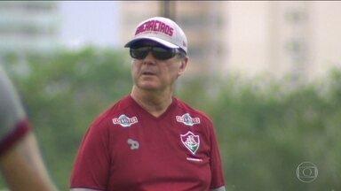 Mesmo após maus resultados, Levir Culpi segue confiante no Fluminense - Tricolor encara o Coritiba de olho em uma vaga na Libertadores.