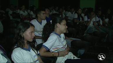 Circuito Sesc de Cinema Pernambucano chega a Triunfo - Evento é uma oportunidade de conhecer um pouco mais da produção cinematográfica do estado.