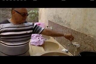Moradores do Vila Bretas estão sem água há sete dias em Valadares - Para piorar o problema, a prefeitura anunciou racionamento de água a partir do dia 25 de outubro.