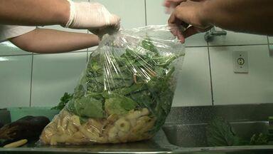 Verduras servidas em hospital de Paranavaí vem de projeto desenvolvido pelos funcionários - Por dia, são servidas cerca de 300 refeições.