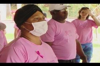 'Caminhada contra o câncer' reúne famílias em Uberlândia - Evento ocorreu no Parque do Sabiá. Ação serviu também para orientar sobre a importância do autoexame.