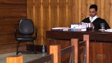 Vigilante apontado como serial killer é absolvido de morte de jovem em Goiânia - Testemunha não reconheceu réu como autor do homicídio, em Goiânia. Vítima estava sentada com prima em uma praça no Setor João Braz, em Goiânia.