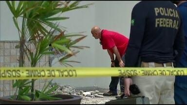 Bandidos arrombam caixas no Shopping Costa Dourada - Crime aconteceu na madrugada desta quarta-feira, no Cabo