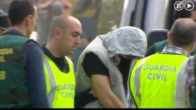 Patrick Nogueira participa de reconstituição do crime na Espanha - Polícia refez as cenas do crime com a ajuda de quinze pessoas.