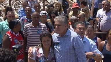 João Leite (PSDB) promete investimento em esportes nas vilas e favelas de BH - Candidato visitou o Aglomerado Morro das Pedras, na Região Oeste.