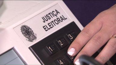 700 mil eleitores terão o local de votação alterado neste domingo - A mudança é por causa da ocupação de escolas estaduais.