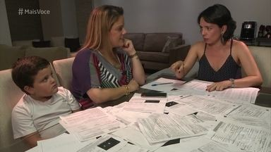 Maria Carolina perdeu as contas de quantas multas já levou - A dona de casa tenta regularizar a situação da sua carteira de motorista