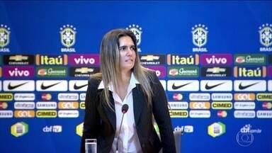 Conheça Emily Lima, a primeira técnica da seleção brasileira de futebol feminino - Tite e José Mourinho são as principais inspirações da treinadora