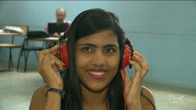 Conselho de Fonoaudiologia realiza ações em São Luís para prevenir surdez - Nesta quinta-feira (10) é comemorado o Dia Nacional de Combate a Surdez. O mote da campanha é o uso do fone de ouvido.